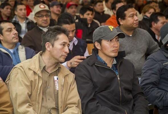 Immigration Forum Draws Hundreds of Members